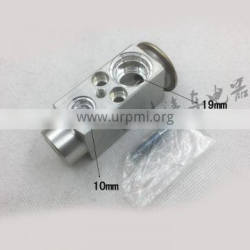 Air Conditioning Expansion Valve Double H Valve 58870 Suitable for North Mercedes Heavy Truck