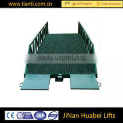 2016 New mobile hydraulic adjustable forklift loading ramp for sale