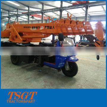 3 ton motor tricycle small construction crane