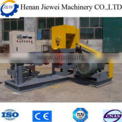 Sold worldwide in stock chicken feed pellet machine