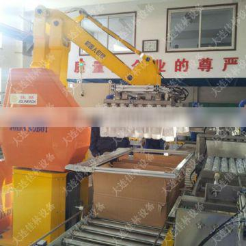 Packing machine automatic robot case packer in the wine production line
