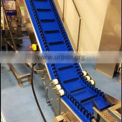 Quick release pvc belt with baffle and side guide conveyor for freezing food