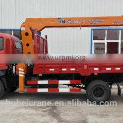 5ton timber crane on truck, Model No.: SQ5S3, hydraulic crane with telescopic arms
