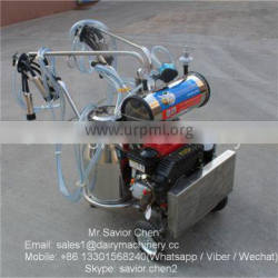 Single Bucket Male Milking Machine With Diesel Engine For Dairy Farm