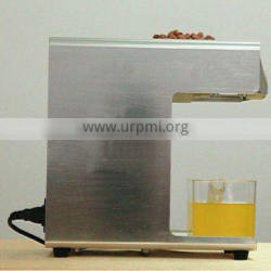 High quality sesame/peanut mini oil expeller for home use