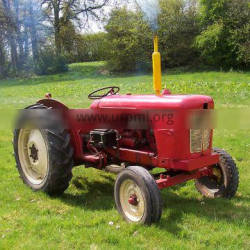 400hp 90hp 4 WD Tractor Farm Equipment 4 Wheel Strong Engine