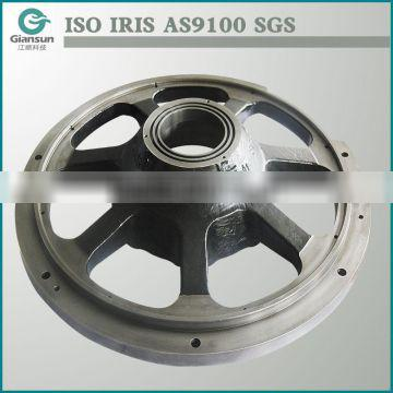 Customized large end shield for six-axle and high power locomotive