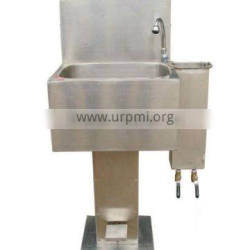 2013 hot sale cattle slaughter line accessory lavabo with cutter sterilizing device